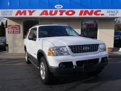 2005 Ford Explorer XLT (Oxford White)