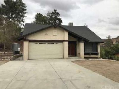 16971 Forrest Street Canyon Country, Large Five BR home on