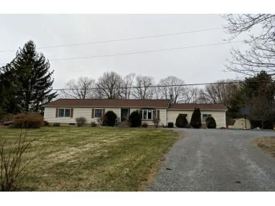 3 Bed 2 Bath Preforeclosure Property in Ballston Spa, NY 12020 - Brownell Rd