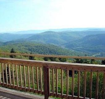 303d Summit Snowshoe Three BR, Awesome views abound in this very