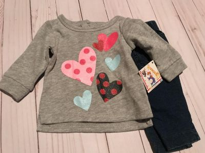 Girls sweat shirt and jeans size NB