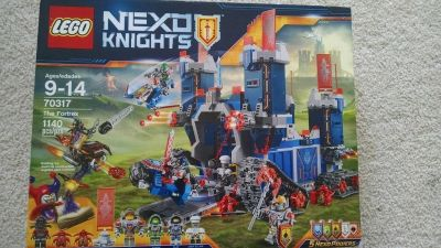 Lego Nexus Knights The Fortrex-New in Box