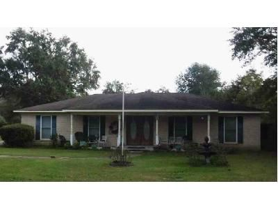 3 Bed 2 Bath Preforeclosure Property in Mobile, AL 36619 - Brentwood Dr