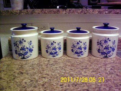 Kitchen Canisters-Dining Table-Bird Prints-ETC.