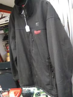 Heated Coat size XL By Milwaukee Tools with battery pack and Charger ! $79.99