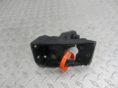 Sell 06 YAMAHA XV1700A ROAD STAR MIDNIGHT XV1700 LEFT FRONT FLOORBOARD BRACKET motorcycle in Englewood, Colorado, US, for US $9.95