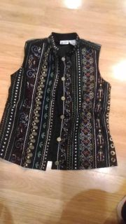 Ladies vest, size Small, pretty pattern, lined