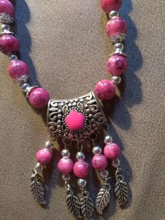 Necklace- Never worn