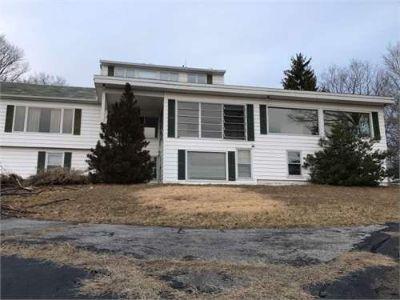 House for Sale in Sullivan, Illinois, Ref# 200319281