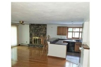 Rare opportunity to rent a beautiful home in a very desirable area of . Washer/Dryer Hookups!