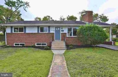 3817 Fairfax Pkwy Alexandria, Beautifully renovated home