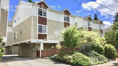 2 Bedroom Townhome In Wallingford Available Now!