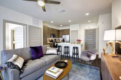 $4000 2 apartment in Central Austin