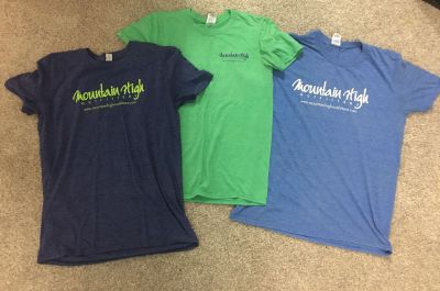 3 mountain high outfitters tshirts
