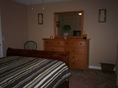 $550, Fully furnished room in a 2bd apt