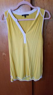 Cable & gauge yellow & white sleeveless top
