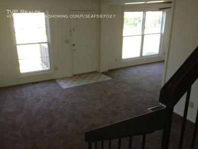 Single-family home Rental - 44 Hancock Lane