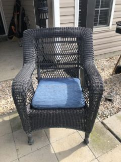 2 Outdoor Resin Wicker chairs