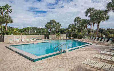 1613 16th Court #22a Jupiter Two BR, Bluff's townhome available