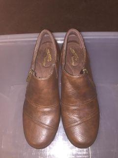 asy Street Women's Shoes Brown New 8w