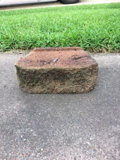 Landscape stones, perfect for a fire pit. I have 30 will sell all for 15.00. They are dirty and need to be pressure washed.