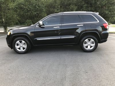 2013 Jeep Grand Cherokee Limited (Black)