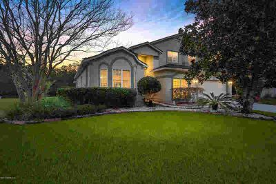 10546 Gatewood Glen CT Jacksonville, Soaring ceilings and