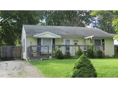 3 Bed 2 Bath Foreclosure Property in Fort Wayne, IN 46805 - Barnhart Ave