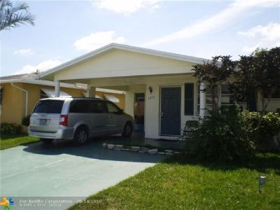 Spacious 2 bedroom 2 bath home.