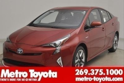 2018 Toyota Prius Four Touring (Hypersonic_red)