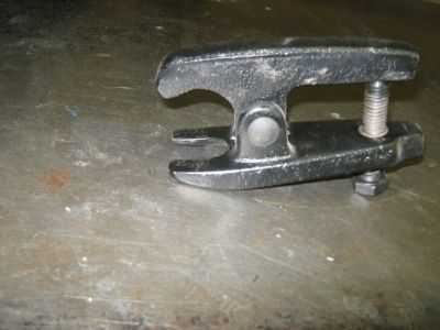 Tie Rod end / ball joint remover