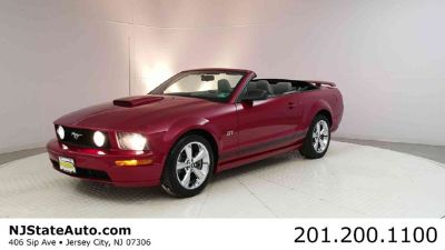 2008 Ford Mustang 2dr Convertible GT Deluxe