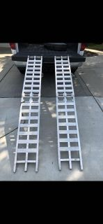Daws arched aluminum loading ramps