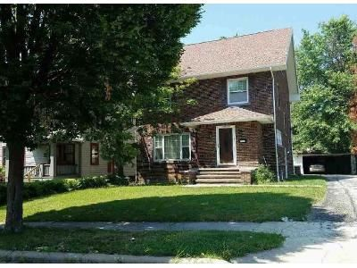 4 Bed 1 Bath Foreclosure Property in Cleveland, OH 44118 - Altamont Ave