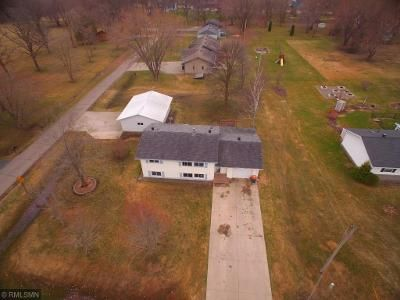 2 Bed 1 Bath Foreclosure Property in Randall, MN 56475 - Knight St