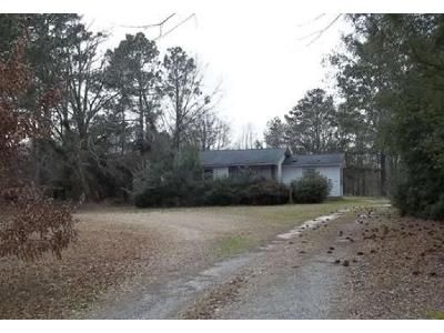 2 Bed 1.5 Bath Foreclosure Property in Lynchburg, SC 29080 - Highway 76 E