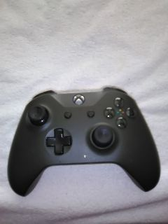 Xbox one controller *used