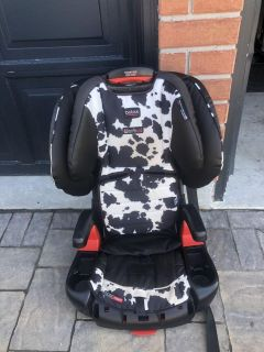 Britax booster car seat. I removed straps, good till 2026. Paid $499 asking $80