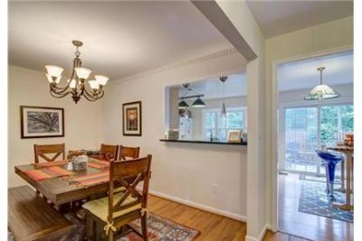 3 bedrooms Townhouse - VERY NICE ONE CAR GARAGE TOWN HOUSE IN THE HEART OF TYSON CORNER.