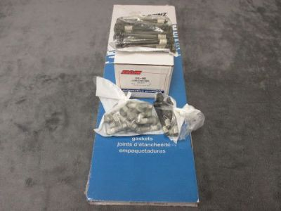 Sell Chevy 305 Vortec Express Savana Head Gasket Set-Head Bolts 1996-02 motorcycle in Tampa, Florida, United States