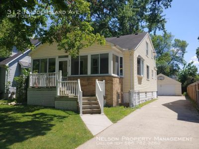 Single-family home Rental - 312 Rhode Island Ave