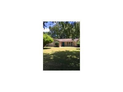 3 Bed 2 Bath Foreclosure Property in Porter, TX 77365 - Chevy Chase St