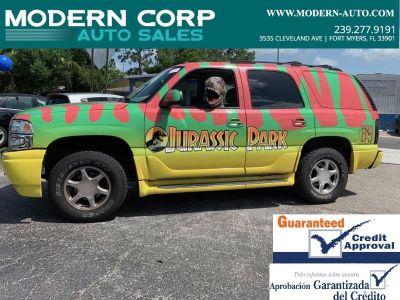 2005 GMC Yukon Denali (Multicolor)