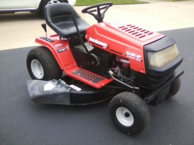 Riding lawn mower tractor