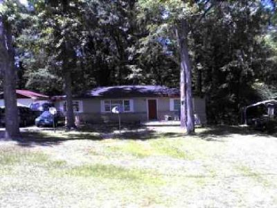 1140 Sunnydale Drive Macon, This Three BR/One BA home is perfect for