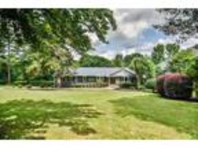 409 Edgewater Dr. Charming totally remodeled ...