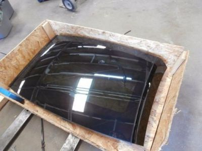 Sell 13-16 NEW GENUINE MERCEDES R231 SL550 SL63 PANORAMIC GLASS HARDTOP SUNROOF PANEL motorcycle in Dallas, Texas, United States, for US $1,800.00