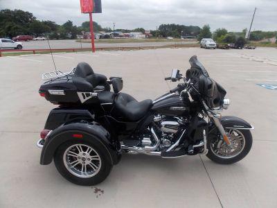 2017 Harley-Davidson Tri Glide Ultra 3 Wheel Motorcycle Springtown, TX