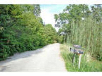 Missouri Land 2.7 Acres, Private, Wooded
