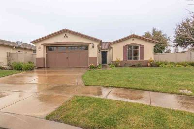 2406 Gardenstone Place Manteca Two BR, Welcome home to the